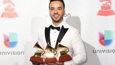 Photo of Luis Fonsi arrasó y se llevó cuatro premios Latin Grammy 2017