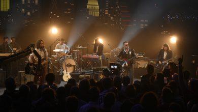 Photo of Arctic Monkeys presentó un mini documental y anunció el lanzamiento de un nuevo single