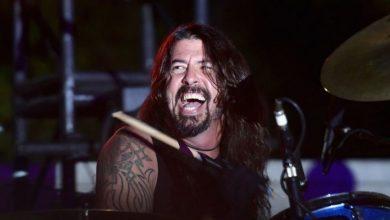 Photo of Mirá el video viral de Dave Grohl cayéndose del escenario en pleno show